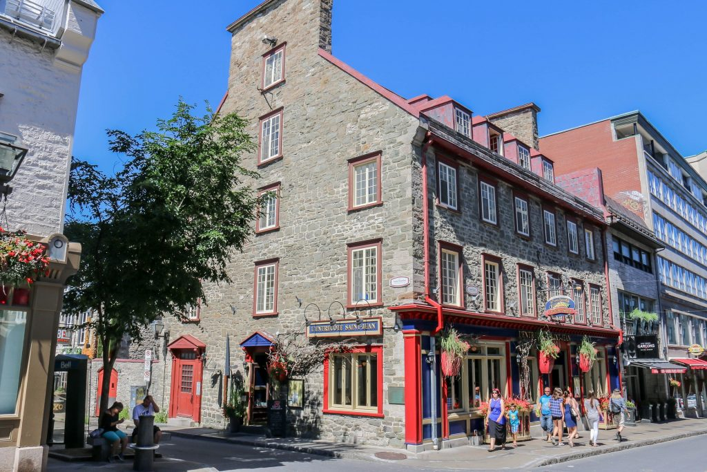 Quebec City's streets and architecture - Joe Breuer, Pixabay