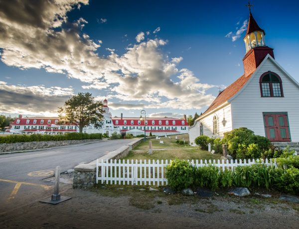 City of Tadoussac, Quebec - Church and hotel - Yvon Guignard, Pixabay
