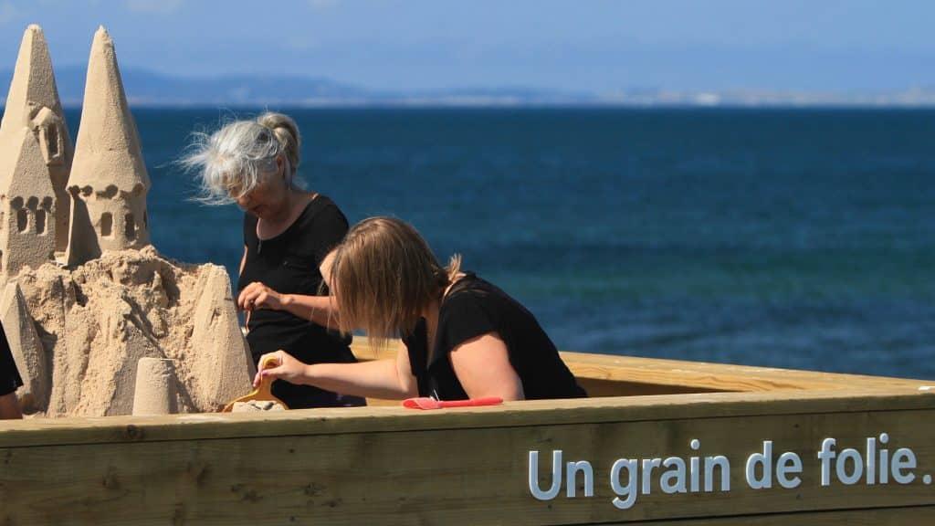 Atelier Côtier - Making sand castles - Magdalen Islands