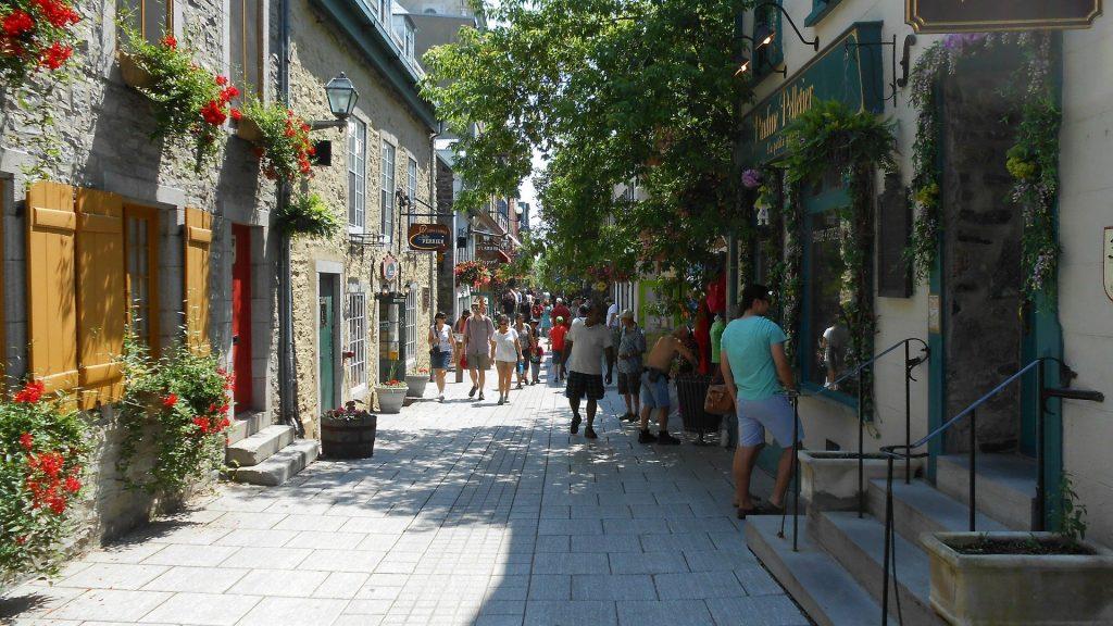 Quebec City Petit Champlain - Santiago Endara, Pixabay